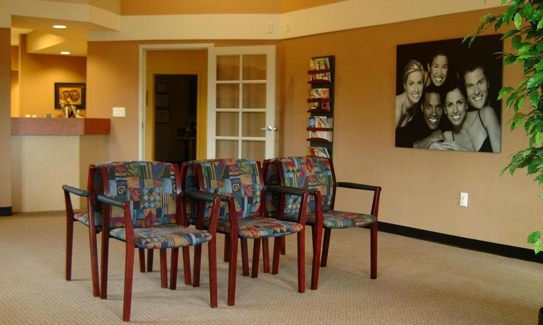 waiting area in Galloway Smiles | dentist in galloway, oh